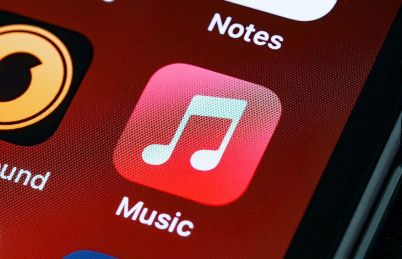 iTunes as Blue Ocean Strategy example